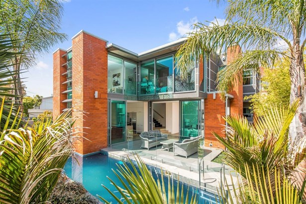 18a Peary Road, Mt Eden, Auckland - NZL (photo 1)