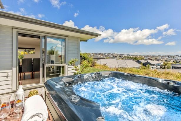 12 Seafort Lane, Millwater, Auckland - NZL (photo 5)