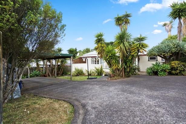 55 Eastglen Road, Glen Eden, Auckland - NZL (photo 1)