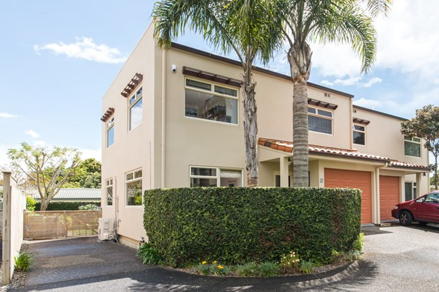 10/148 Brightside Road, Stanmore Bay, Auckland - NZL (photo 2)