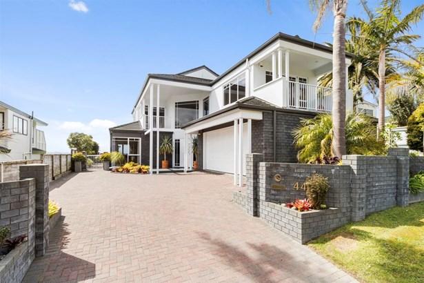 44 Clovelly Road, Bucklands Beach, Auckland - NZL (photo 2)