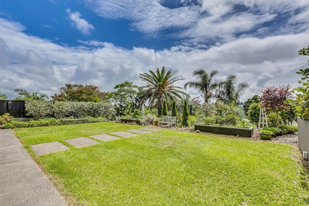 770 Mt Eden Road, Mt Eden, Auckland - NZL (photo 3)