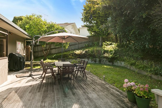 29 Gretel Place, Hillcrest, Auckland - NZL (photo 4)