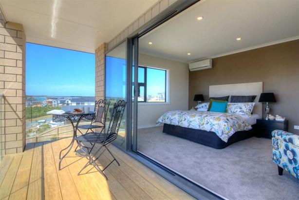 28 Atalanta Way, Beachlands, Auckland - NZL (photo 4)