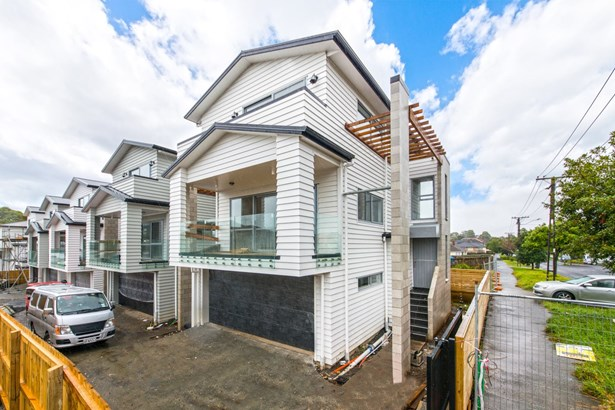 3/10 Holland Avenue, Pt England, Auckland - NZL (photo 3)