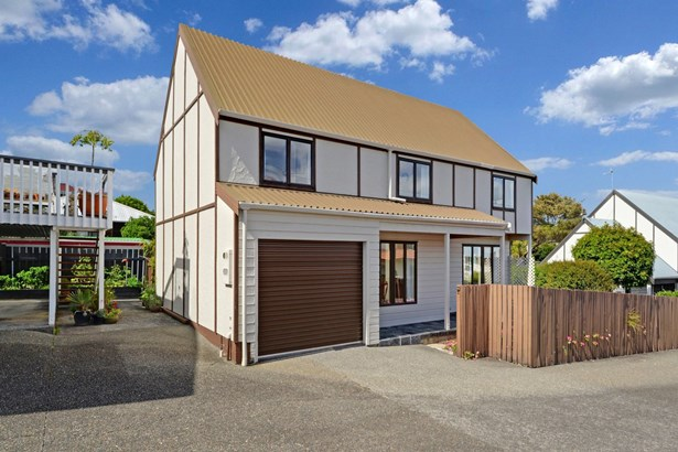 28b Mahara Avenue, Birkenhead, Auckland - NZL (photo 3)