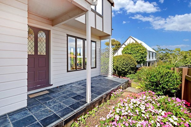 28b Mahara Avenue, Birkenhead, Auckland - NZL (photo 4)