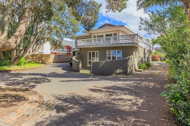 422 Hibiscus Coast Highway, Orewa, Auckland - NZL (photo 1)