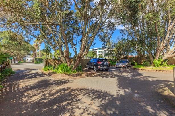 422 Hibiscus Coast Highway, Orewa, Auckland - NZL (photo 4)