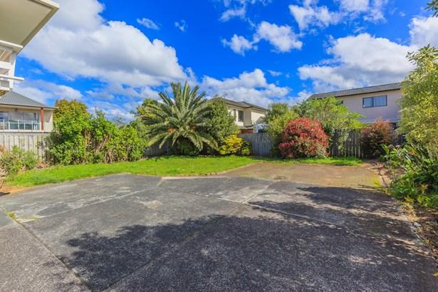 422 Hibiscus Coast Highway, Orewa, Auckland - NZL (photo 5)