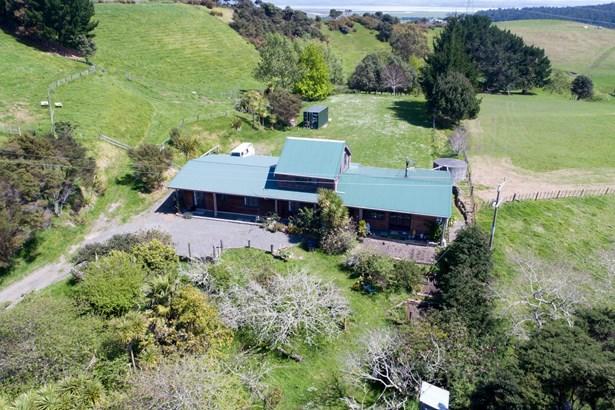1811 Kaipara Coast Highway, Kaukapakapa, Auckland - NZL (photo 1)