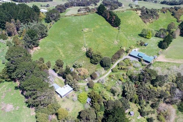 1811 Kaipara Coast Highway, Kaukapakapa, Auckland - NZL (photo 3)
