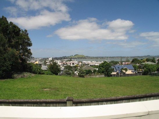 75q Hill Street, Onehunga, Auckland - NZL (photo 1)