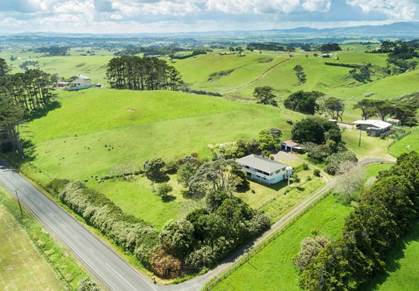 459a Karioitahi Road, Waiuku, Auckland - NZL (photo 1)
