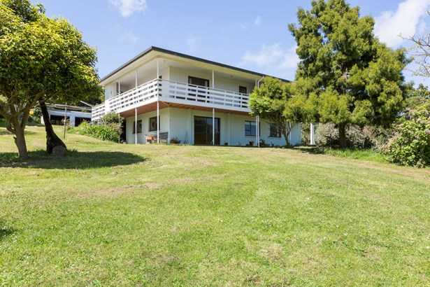 459a Karioitahi Road, Waiuku, Auckland - NZL (photo 2)