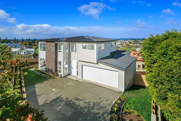 17 Orewa Heights Crescent, Orewa, Auckland - NZL (photo 1)