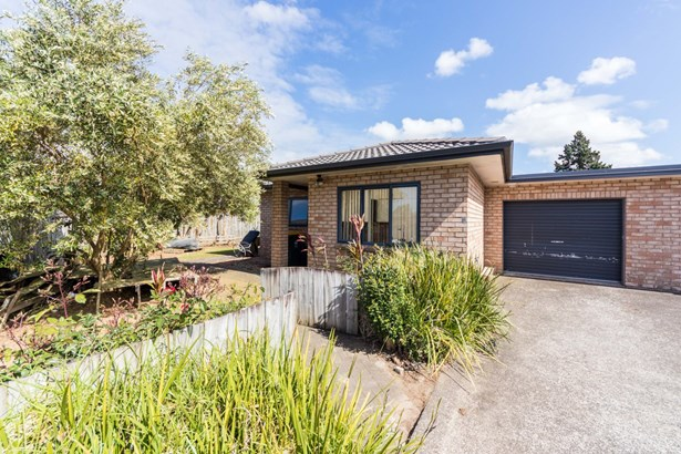 21 Lawford Place, Mangere, Auckland - NZL (photo 1)