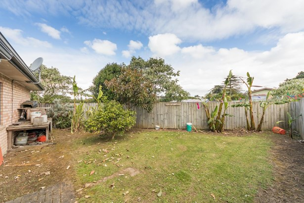 21 Lawford Place, Mangere, Auckland - NZL (photo 2)