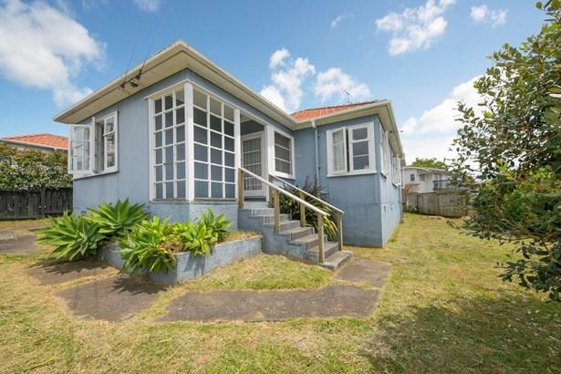 48 Tahapa Crescent, Meadowbank, Auckland - NZL (photo 1)