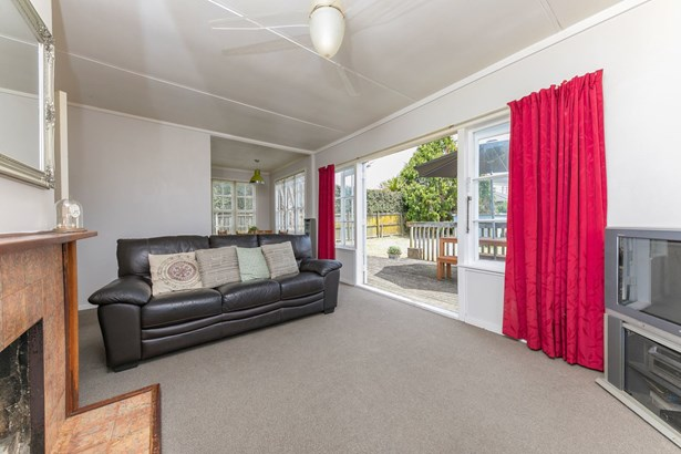 48 Tahapa Crescent, Meadowbank, Auckland - NZL (photo 5)