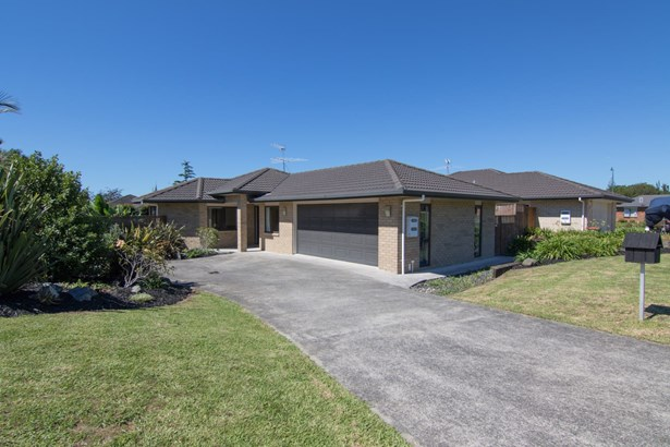 4 Fern Place, Beachlands, Auckland - NZL (photo 1)