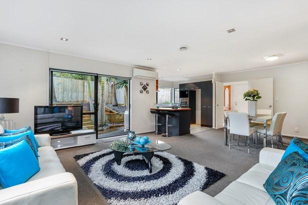2/12 Varlene Terrace, Forrest Hill, Auckland - NZL (photo 5)