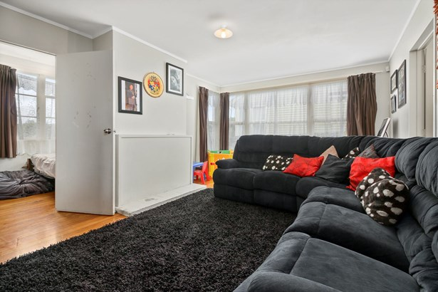50 Farringdon Street, Glen Innes, Auckland - NZL (photo 3)