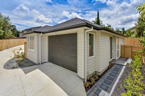 27 Camrose Place, Glenfield, Auckland - NZL (photo 1)