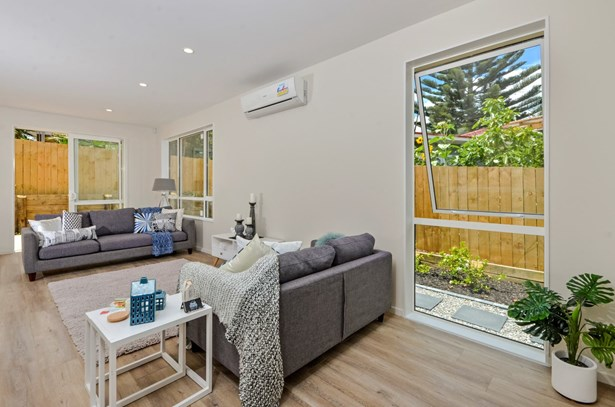 27 Camrose Place, Glenfield, Auckland - NZL (photo 4)