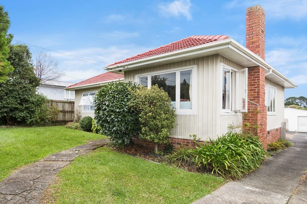 15 Connaught Street, Blockhouse Bay, Auckland - NZL (photo 1)