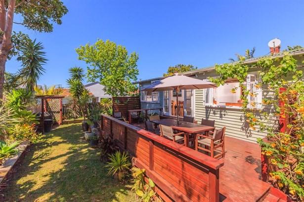 12 Bayswater Avenue, Bayswater, Auckland - NZL (photo 2)