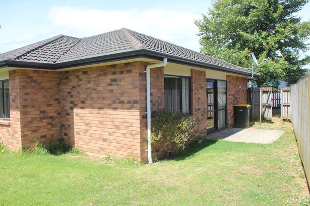 27 Wakefield Road, Favona, Auckland - NZL (photo 4)
