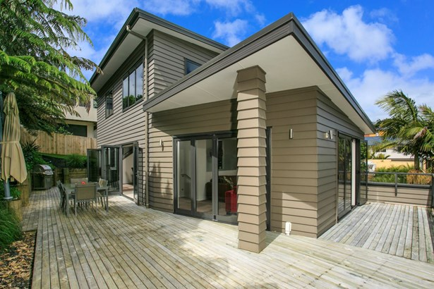 21 Mariners View Road, Beach Haven, Auckland - NZL (photo 2)