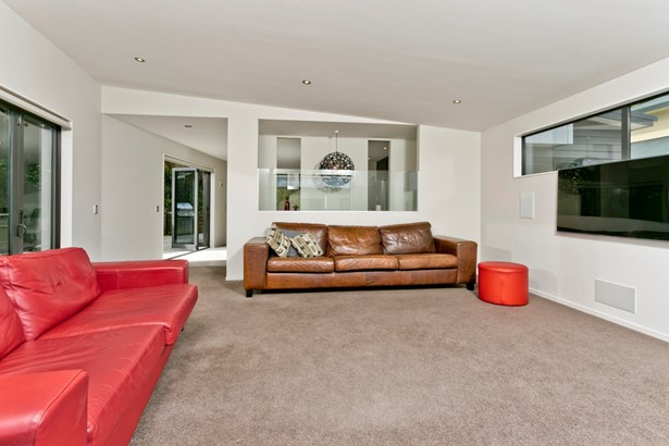 21 Mariners View Road, Beach Haven, Auckland - NZL (photo 5)