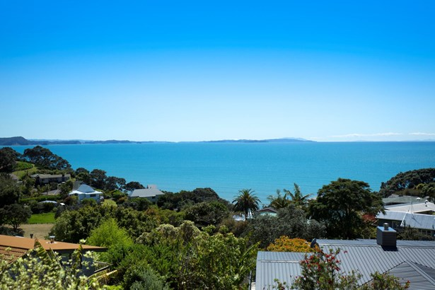 6a Glenelg Road, Red Beach, Auckland - NZL (photo 1)