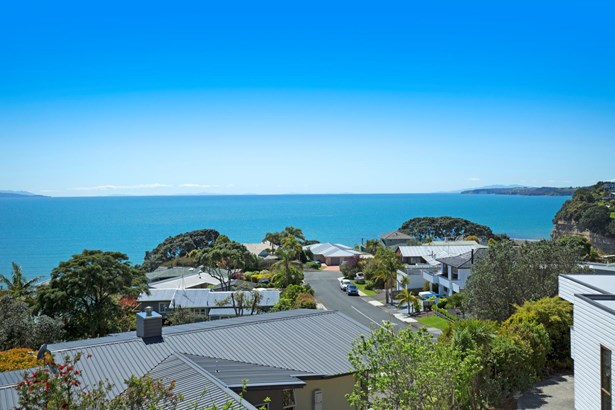 6a Glenelg Road, Red Beach, Auckland - NZL (photo 2)