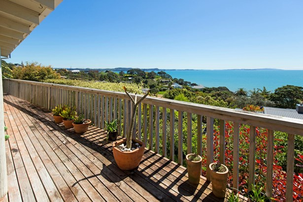 6a Glenelg Road, Red Beach, Auckland - NZL (photo 3)