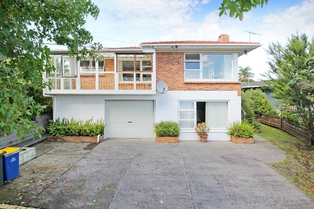 20 School Road, Te Atatu South, Auckland - NZL (photo 1)