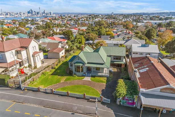 159 Victoria Road, Devonport, Auckland - NZL (photo 2)