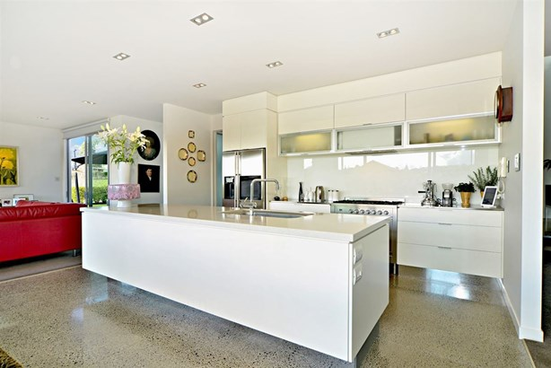256 Broomfields Road, Whitford, Auckland - NZL (photo 5)