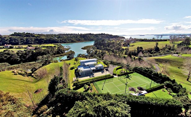 256 Broomfields Road, Whitford, Auckland - NZL (photo 2)