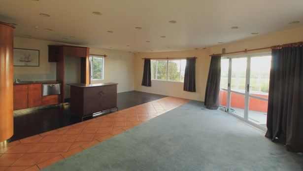 88 Commercial Road, Helensville, Auckland - NZL (photo 3)