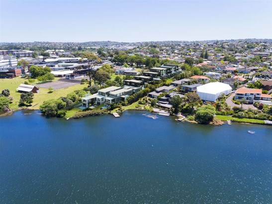 100 Shakespeare Road, Milford, Auckland - NZL (photo 2)