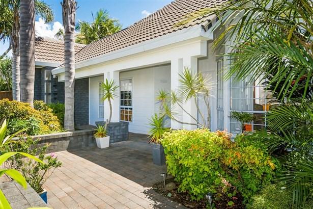 12 Manu Place, Pinehill, Auckland - NZL (photo 2)