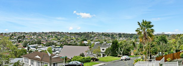 45a Shanaway Rise, Hillcrest, Auckland - NZL (photo 2)