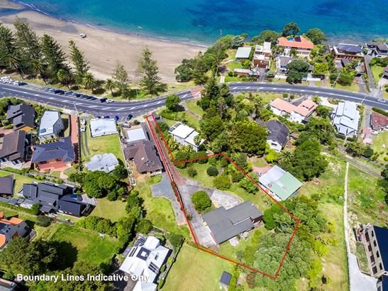 930 Beach Road, Waiake, Auckland - NZL (photo 2)