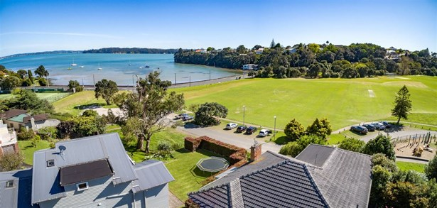 20 Fife Street, Westmere, Auckland - NZL (photo 3)