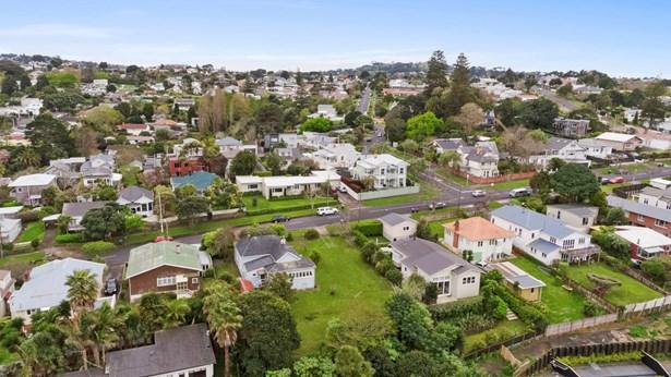 13 Arthur Street, Onehunga, Auckland - NZL (photo 2)