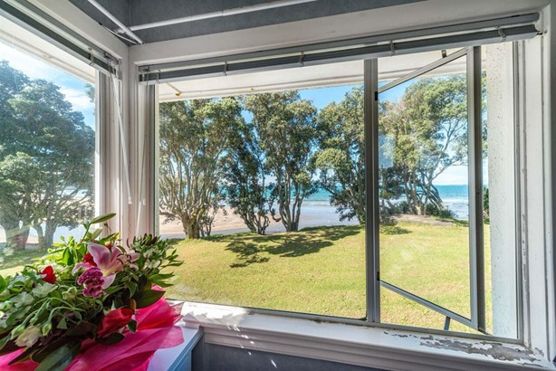 4 Browns Bay Road, Rothesay Bay, Auckland - NZL (photo 4)