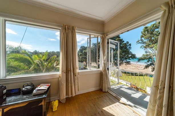 4 Browns Bay Road, Rothesay Bay, Auckland - NZL (photo 5)